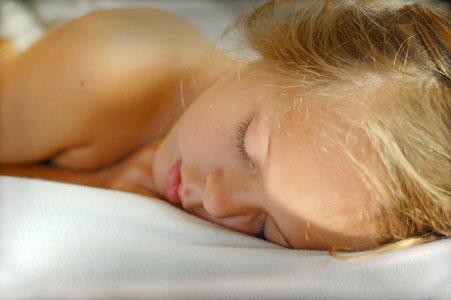 gesund-sleep-girl
