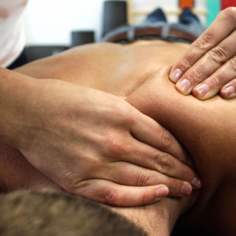 eroticheskiy-massazh-v-armavire